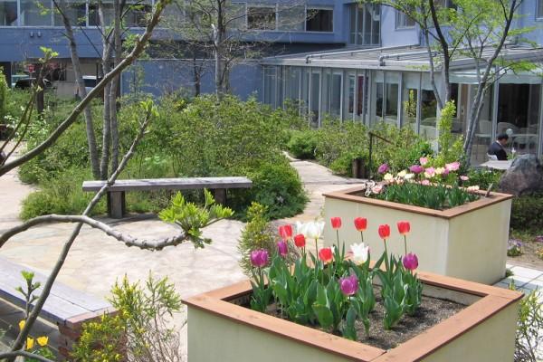 季節を感じ、自然に触れる専用ガーデン